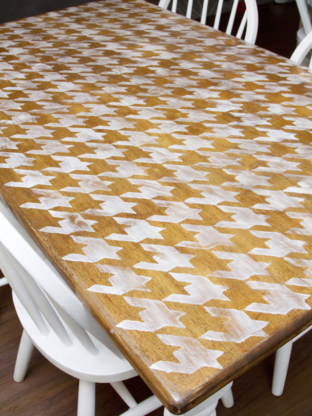 DIY Houndstooth Painted Table Makeover Final