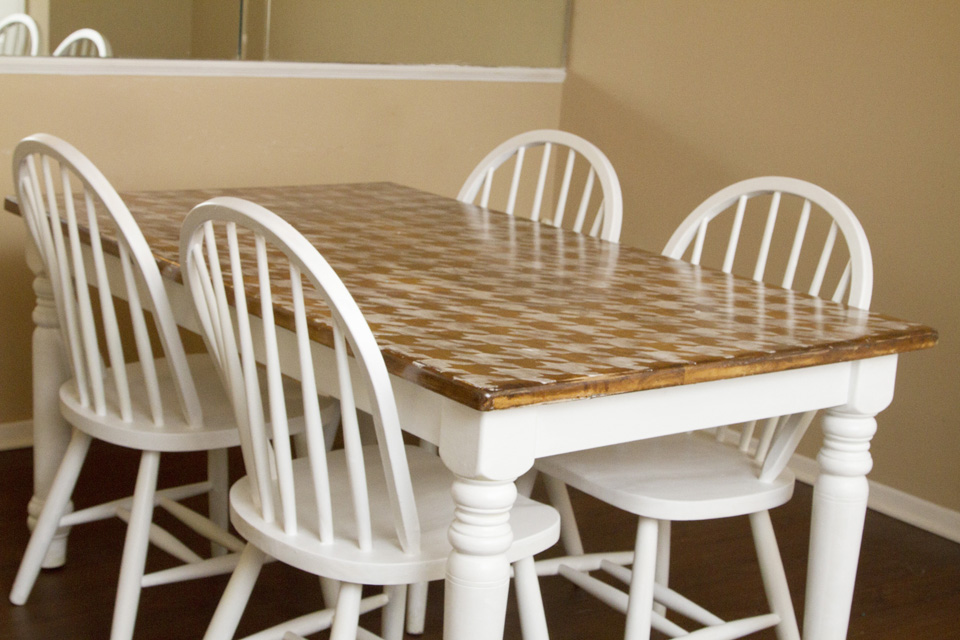 DIY Houndstooth Painted Table Makeover Final2