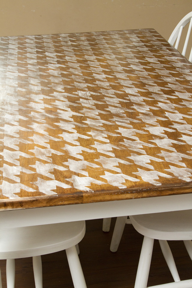 DIY Houndstooth Painted Table Makeover Final3