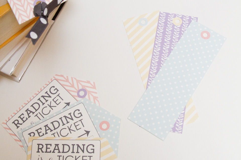 Bookmarks and matching gift tag free printables - bookmarks