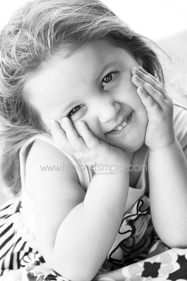 Three Year Old Photoshoot Idea - Kailyn 7