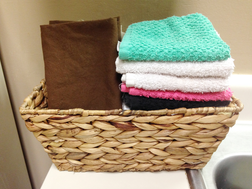 How to Reduce Paper Towel Usage - @hipandsimple 2
