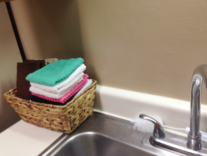 How to Reduce Paper Towel Usage - @hipandsimple 3
