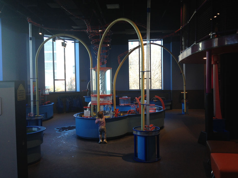 Visit the McWane Science Center - Birmingham, AL - Water play 3