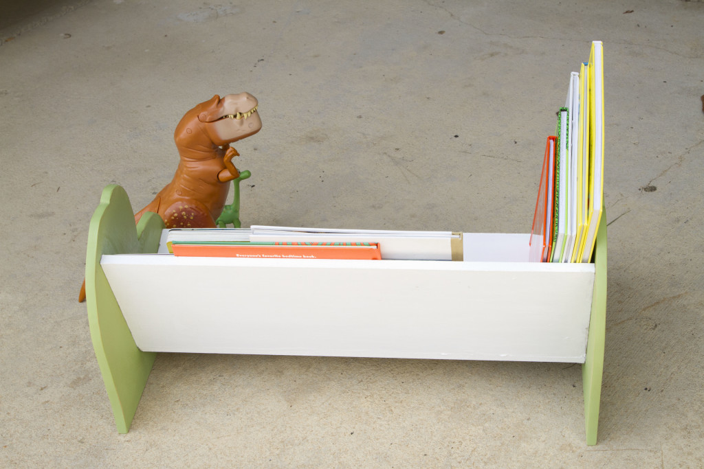 DIY The Good Dinosaur Bookshelf or Dinosaur Bench - BACK