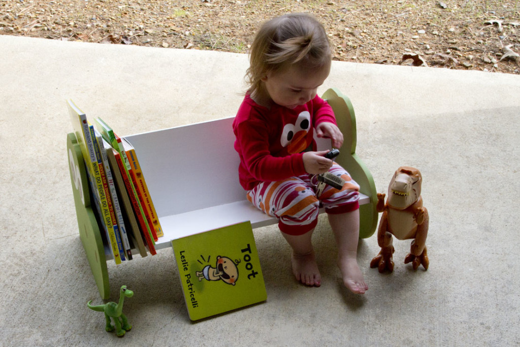 DIY The Good Dinosaur Bookshelf or Dinosaur Bench - READING 3