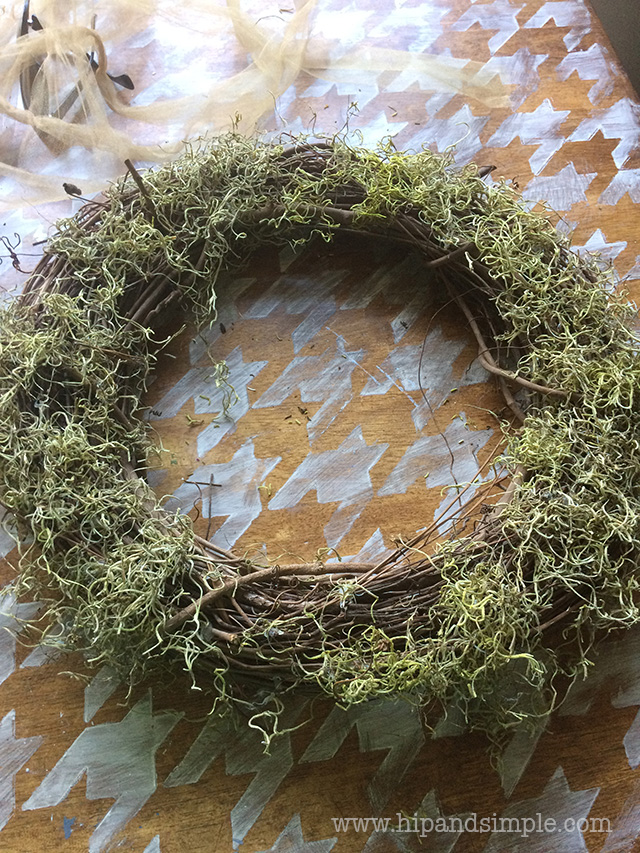 free-wreath-door-decor_4_hipandsimple